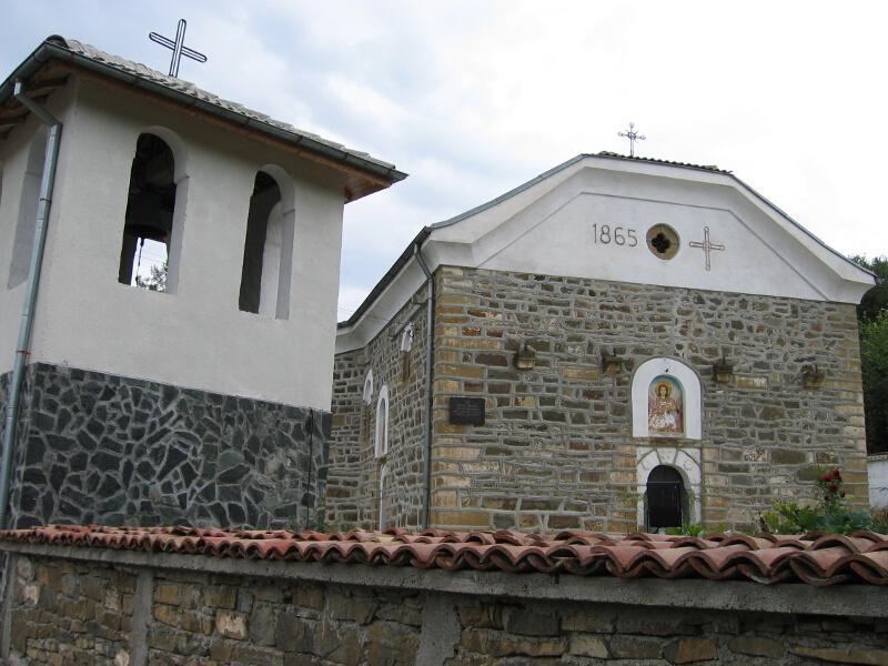 """Възрожденска църква """"Св. Архангел Михаил"""""""