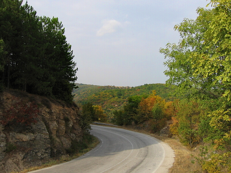 Пътят Ивайловград - Любимец (в дъното с. Ламбух)