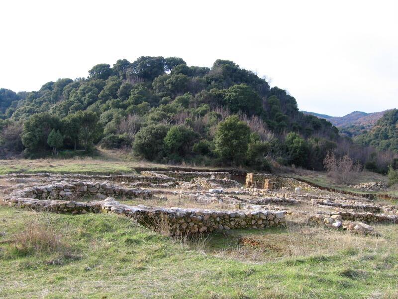 """Раннохристиянската базилика и крепостта """"Градището"""""""