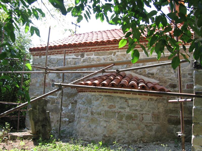 """Средновековна църква """"Св. Петка"""""""