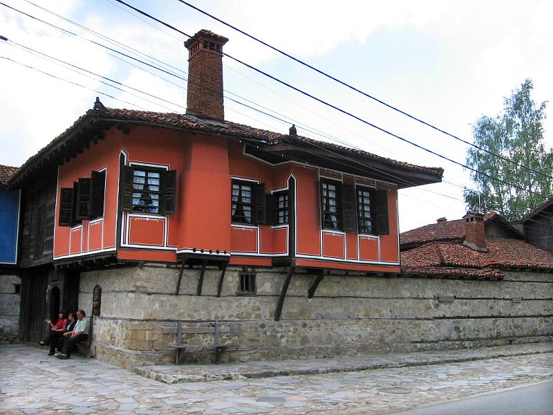 Каравеловата къща