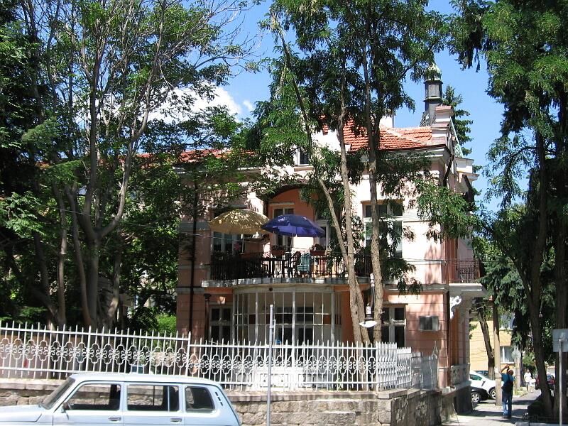 Стара градска къща