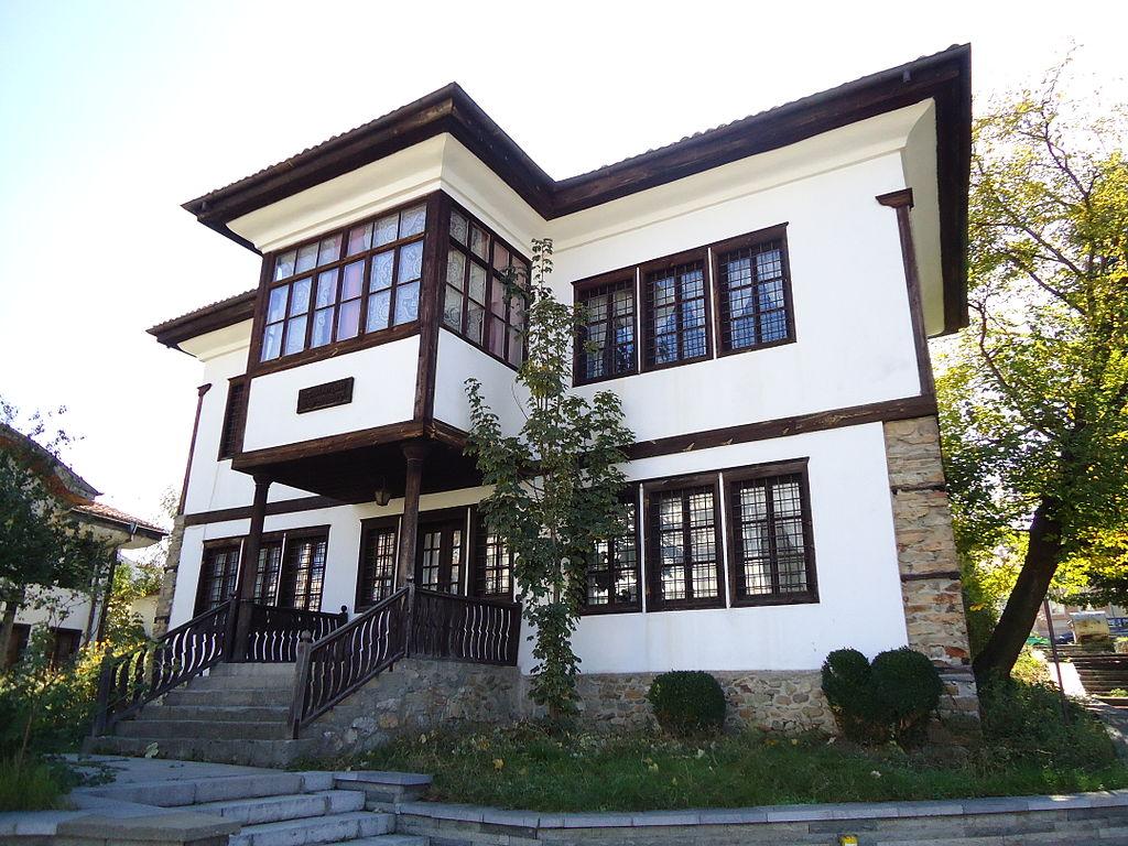 """Възрожденска архитектура - къщата-музей """"Ильо Войвода"""""""