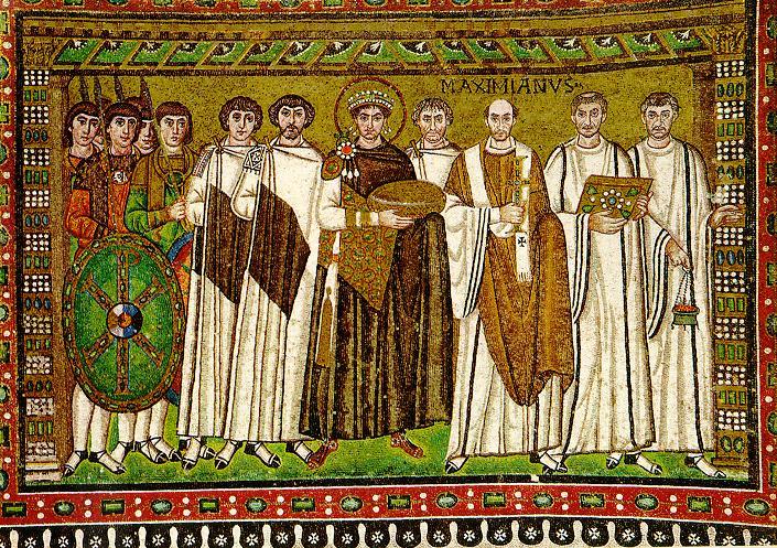 Велизарий, вдясно от император Юстиниан I, на мозайката в Равена в чест на връщането на Италия в състава на империята, осъществено от византийската армия, успешно ръководена от самия Велизарий