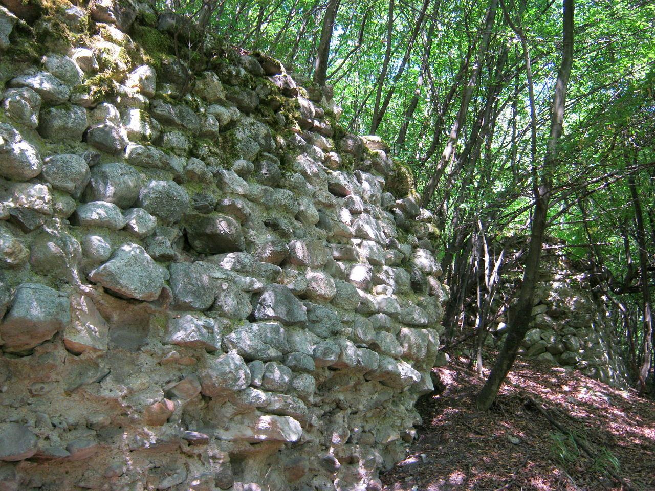 Част от крепостните стени