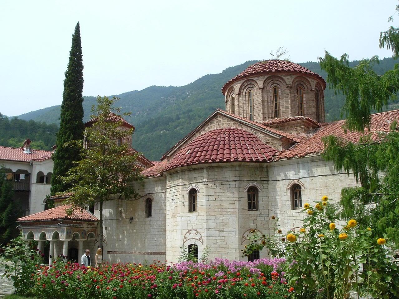 """Главната манастирска църква """"Успение Богородично"""""""